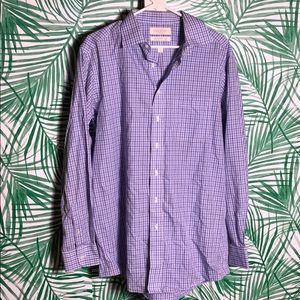 Men's Roundtree & Yorke fitted button down shirt